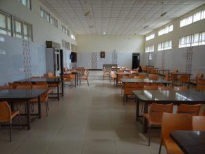 3girls hostel dining